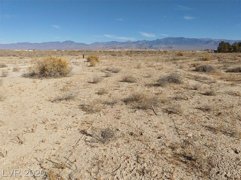 1890 Evelyn Street Property Photo - Pahrump, NV real estate listing
