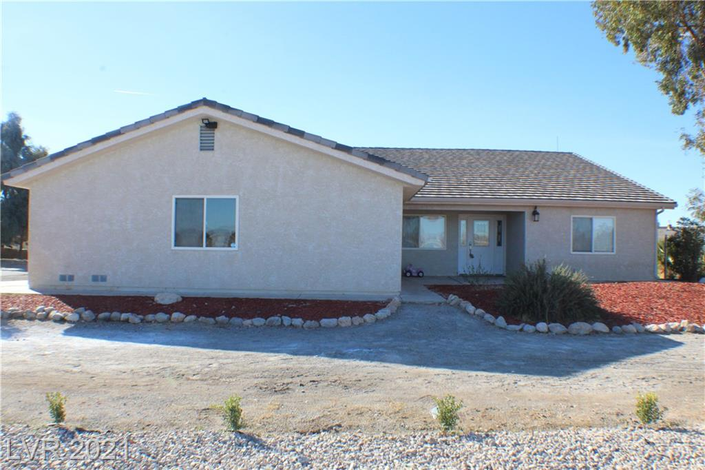 1661 Hinckley Avenue Property Photo - Logandale, NV real estate listing