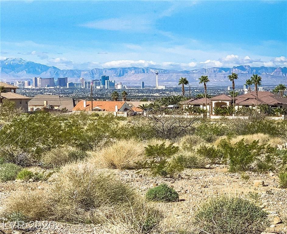 Owens Avenue Property Photo