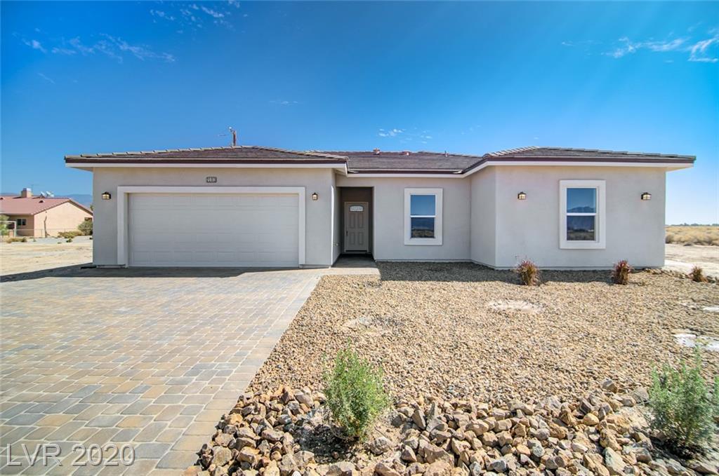 2071 S Idaho Property Photo