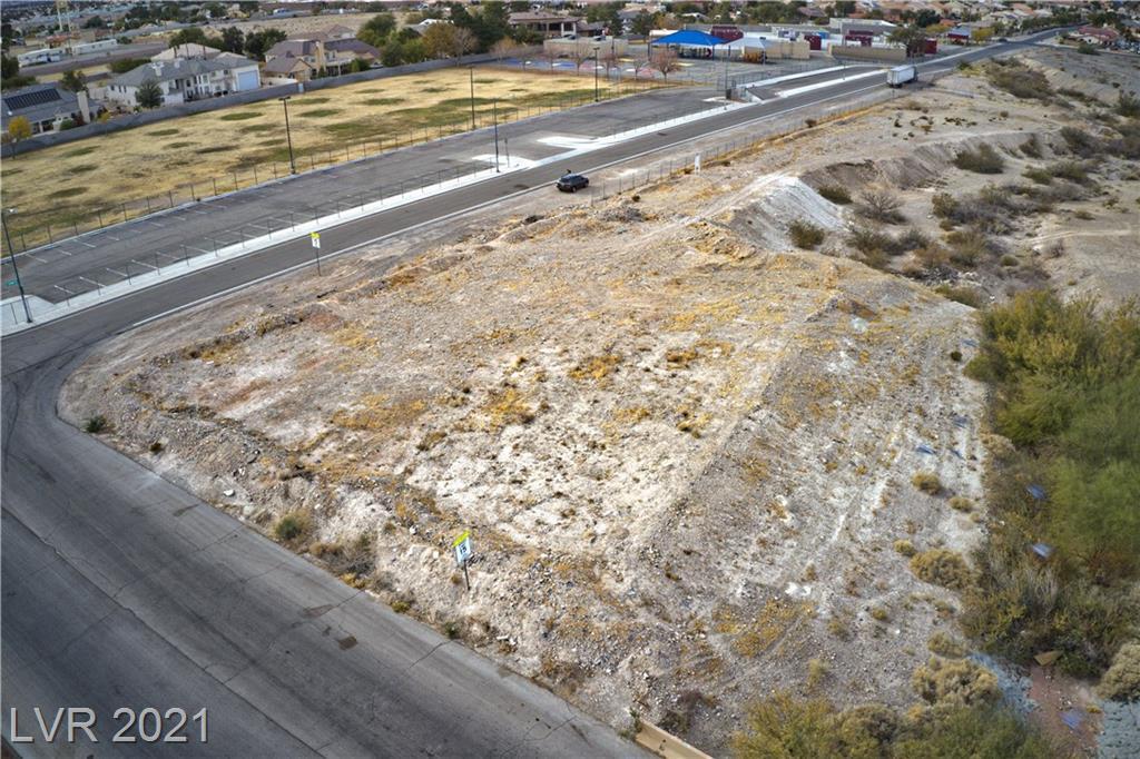 Spanish Dr. & Linden Ave. Property Photo