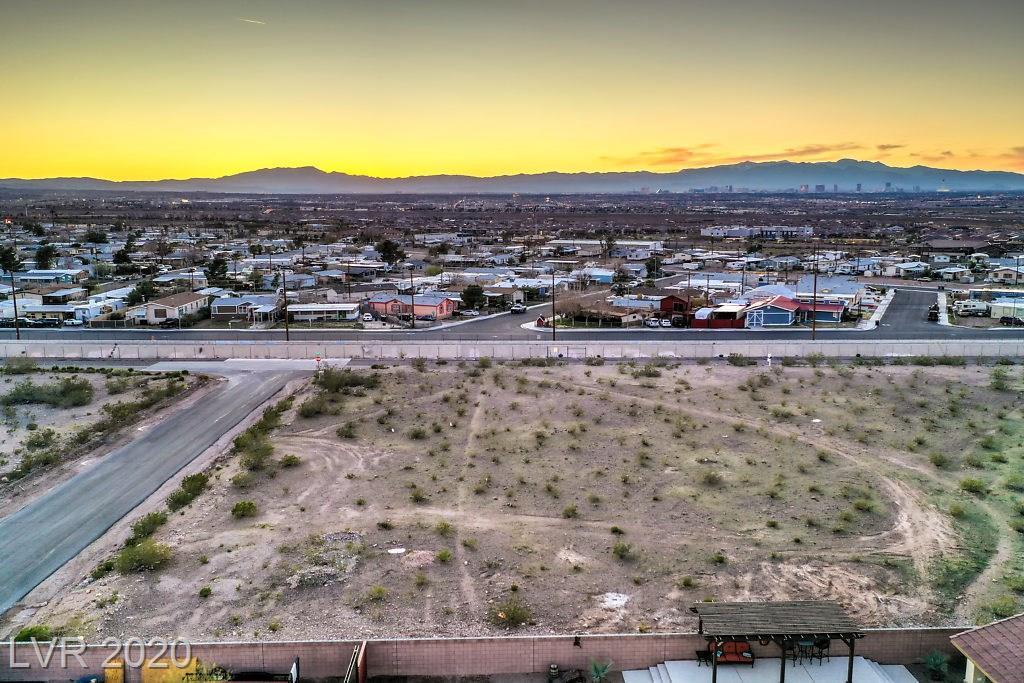 Pueblo Property Photo