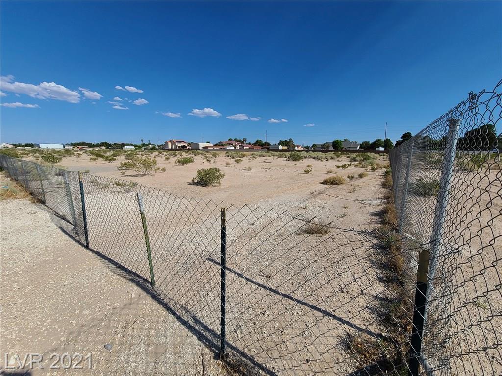Bullring Property Photo