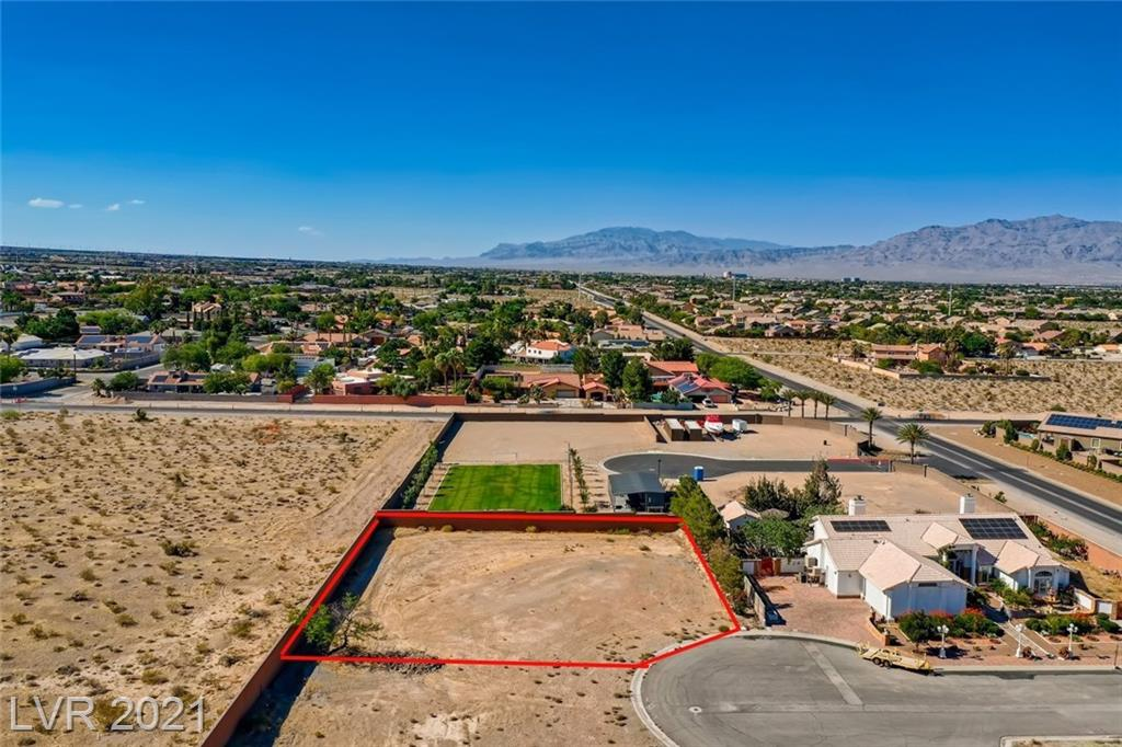 4335 Fort Apache Road Property Photo