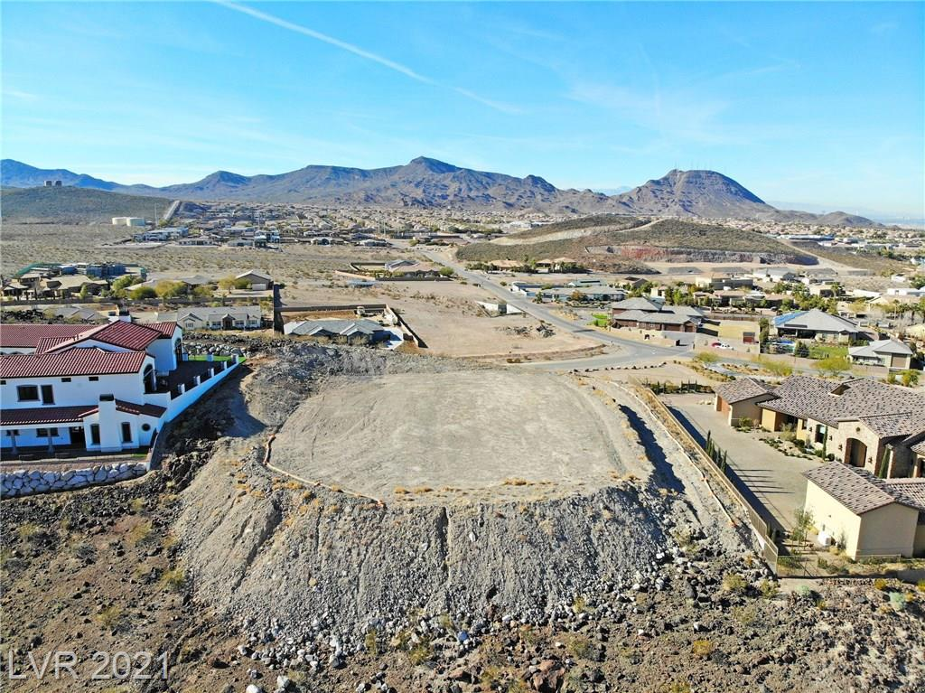 1129 Christian Road Property Photo - Henderson, NV real estate listing