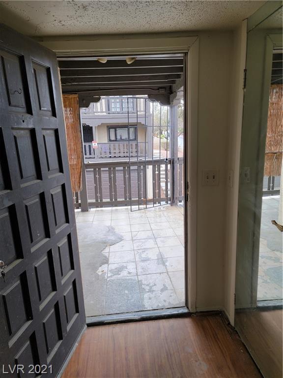 2818 Calle Del Oro Property Photo