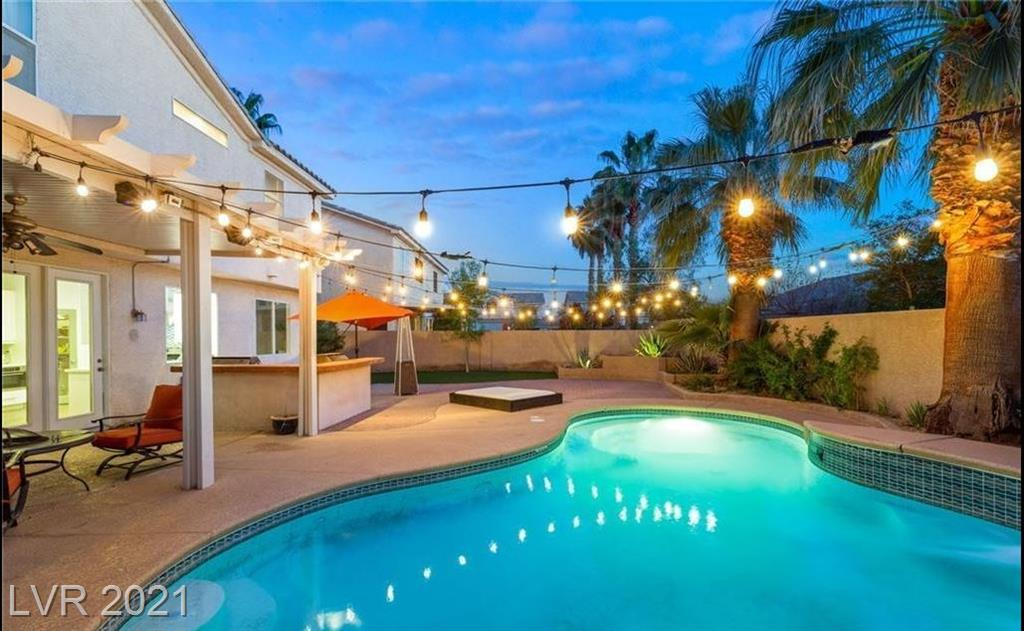 7735 Bird Of Paradise Court Property Photo - Las Vegas, NV real estate listing