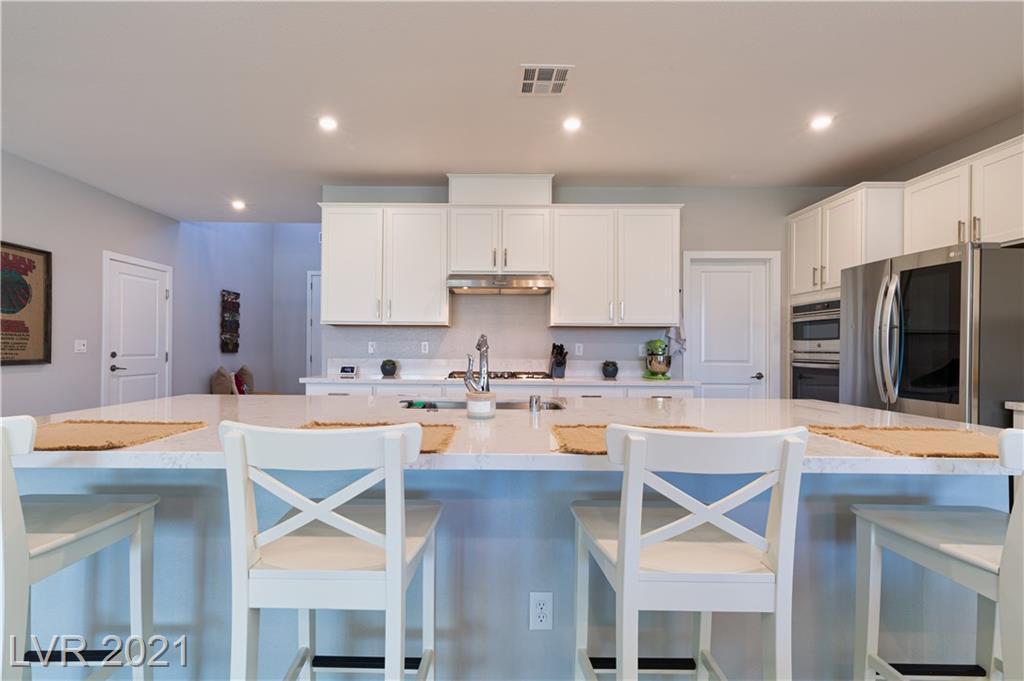 10267 Sierra Skye Avenue Property Photo - Las Vegas, NV real estate listing