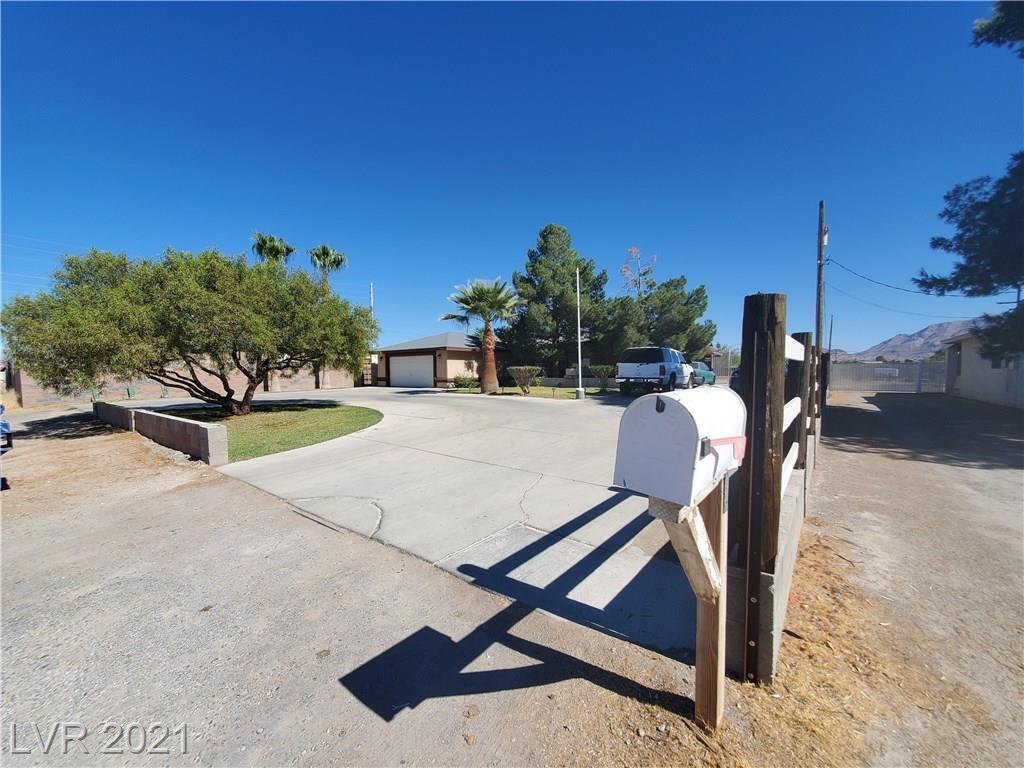 2344 Moonlite Drive Property Photo - Las Vegas, NV real estate listing