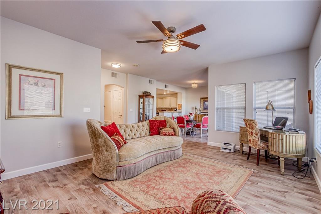 10821 Amber Ridge Drive #203 Property Photo - Las Vegas, NV real estate listing