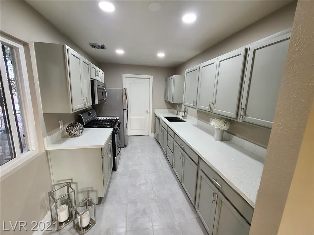 2720 Arrowhead Street Property Photo - North Las Vegas, NV real estate listing