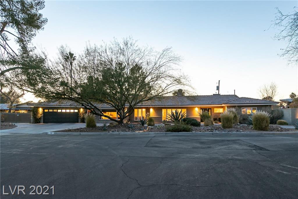 10 Crescent Drive Property Photo - Las Vegas, NV real estate listing