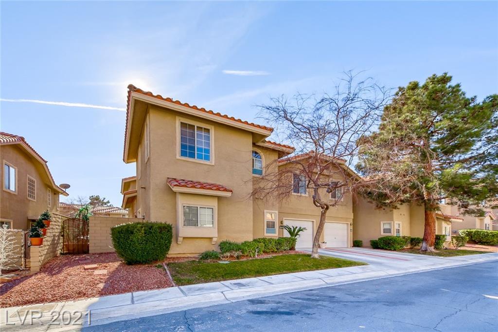 9361 Scenic Mountain Lane Property Photo - Las Vegas, NV real estate listing