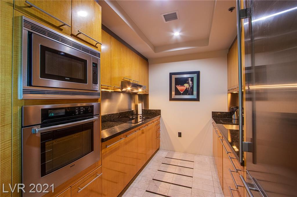 2700 Las Vegas Boulevard #2506 Property Photo