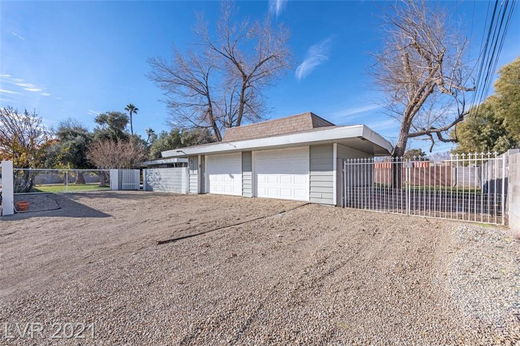 5710 Madre Mesa Drive Property Photo - Las Vegas, NV real estate listing