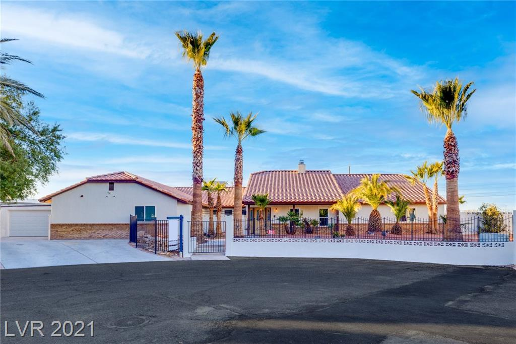 7725 Dean Martin Drive Property Photo - Las Vegas, NV real estate listing