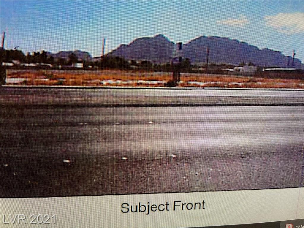1882 N NELLIS Boulevard Property Photo - Las Vegas, NV real estate listing