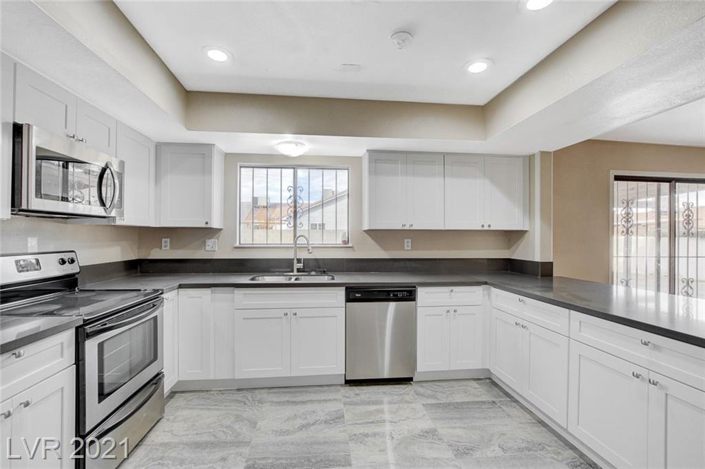 4372 E Cincinnati Avenue Property Photo - Las Vegas, NV real estate listing