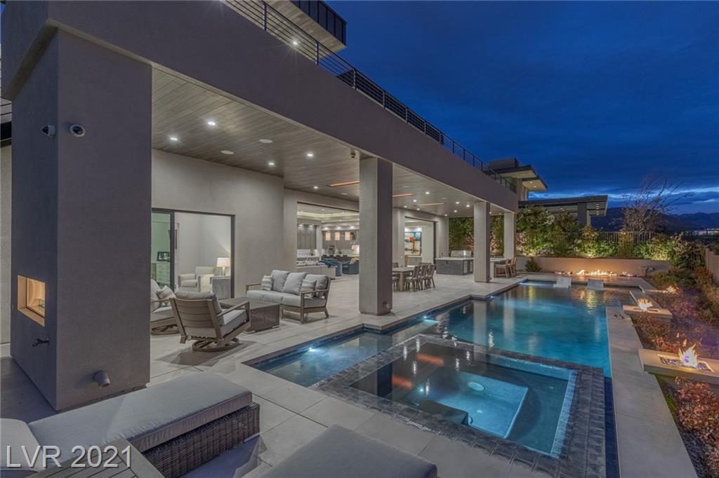8 Sun Glow Lane Property Photo - Las Vegas, NV real estate listing