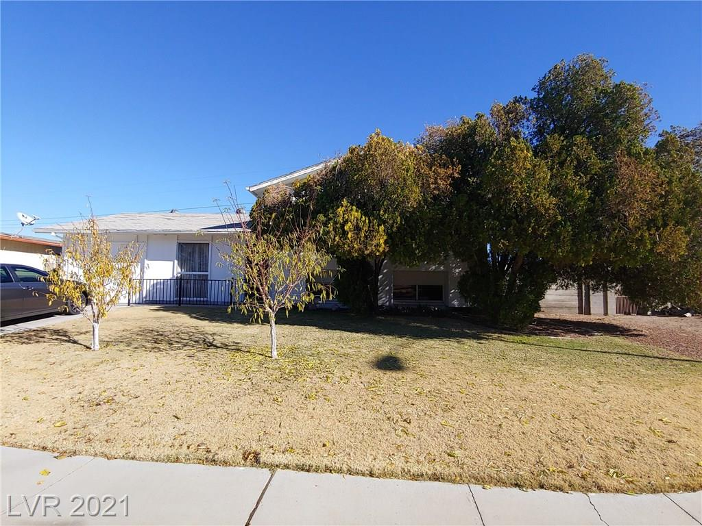 2118 Winterwood Boulevard Property Photo - Las Vegas, NV real estate listing
