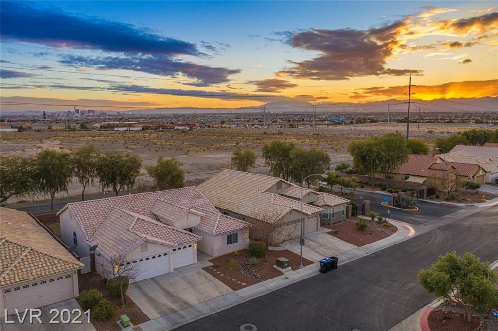 2637 Torch Avenue Property Photo