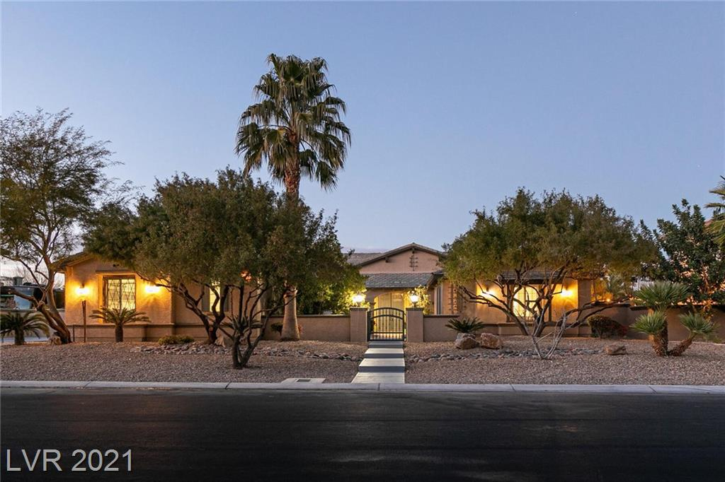 7008 Via Campanile Avenue Property Photo - Las Vegas, NV real estate listing