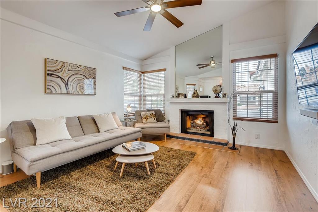 7698 Parnell Avenue Property Photo
