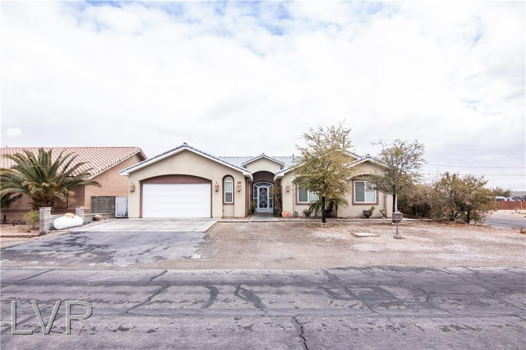3304 Kemp Street Property Photo - North Las Vegas, NV real estate listing