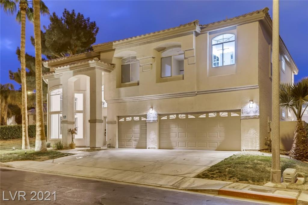 2092 Eaglepath Circle Property Photo - Henderson, NV real estate listing
