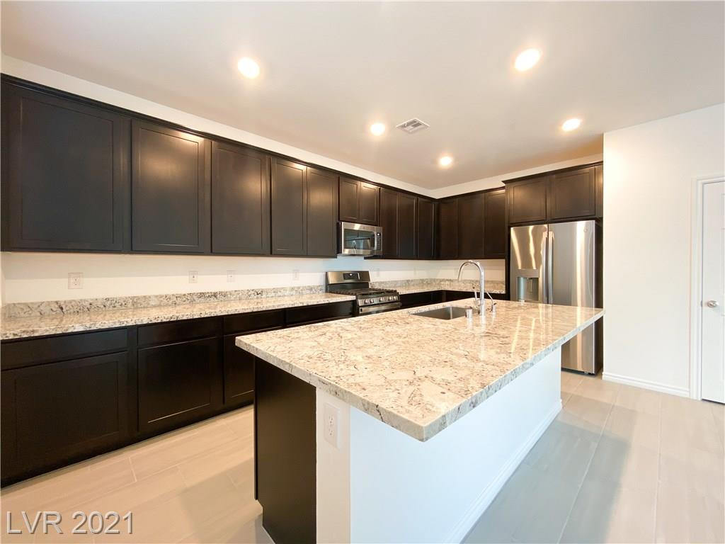 1290 Ossa Street Property Photo - Henderson, NV real estate listing