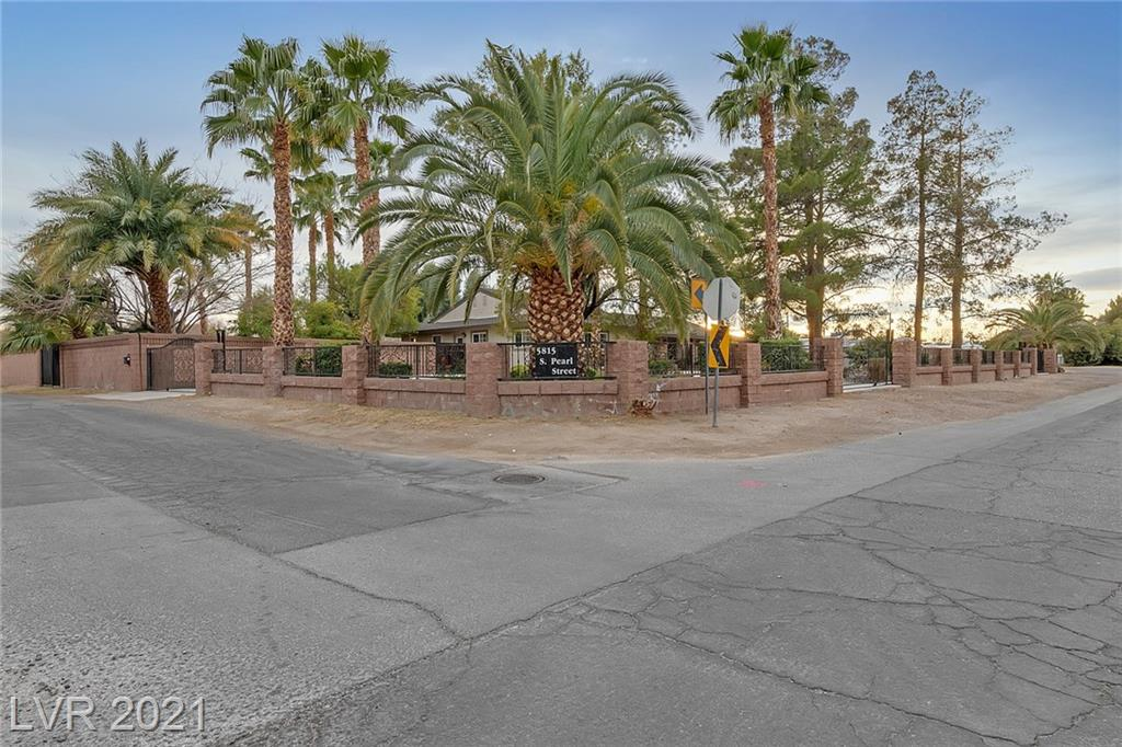 5815 S Pearl Street Property Photo - Las Vegas, NV real estate listing