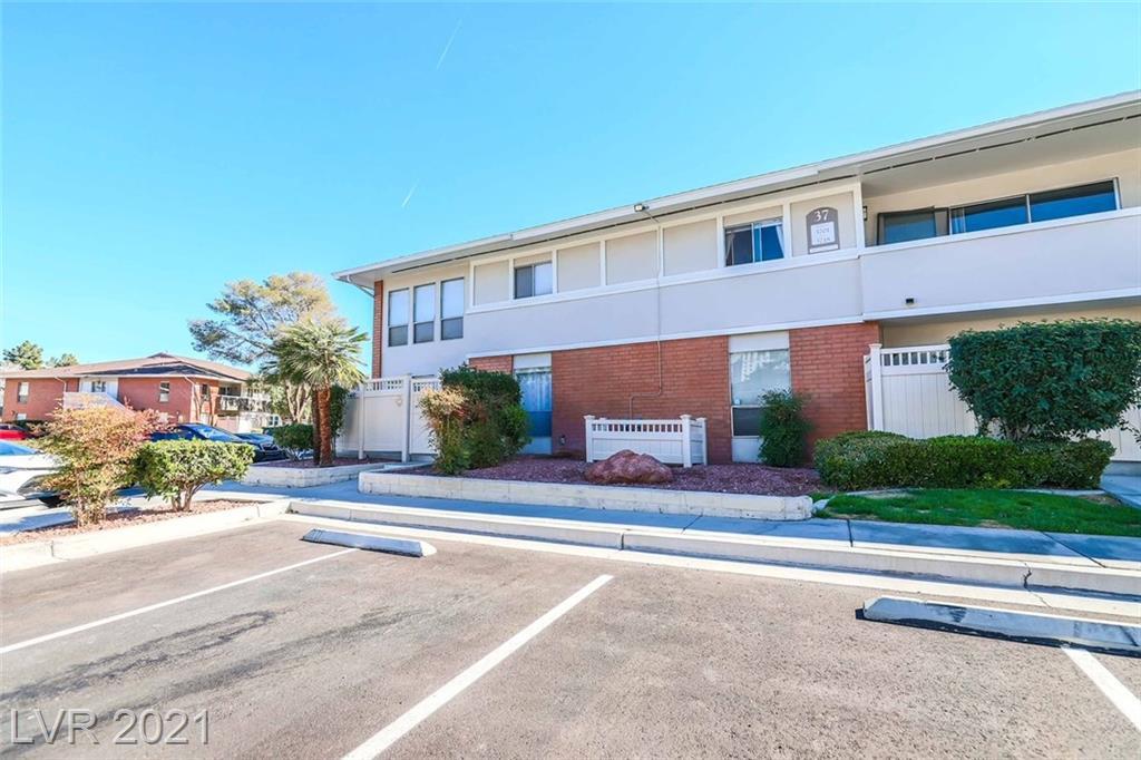 669 Oakmont Avenue #3709 Property Photo