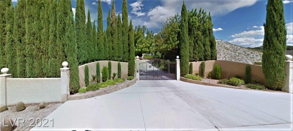 401 Avenue I Property Photo 1