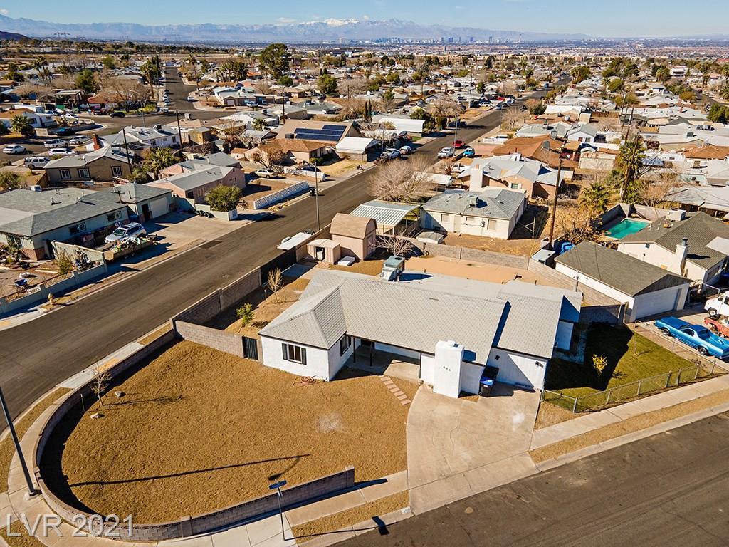 656 Burton Street Property Photo - Henderson, NV real estate listing