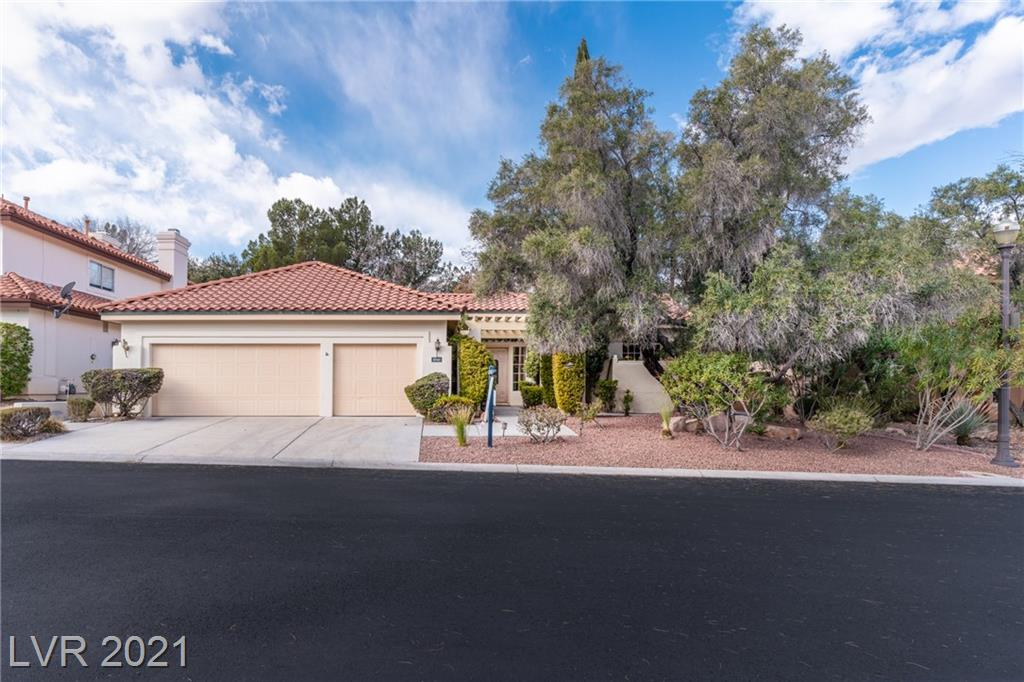8340 Spinnaker Cove Drive Property Photo - Las Vegas, NV real estate listing