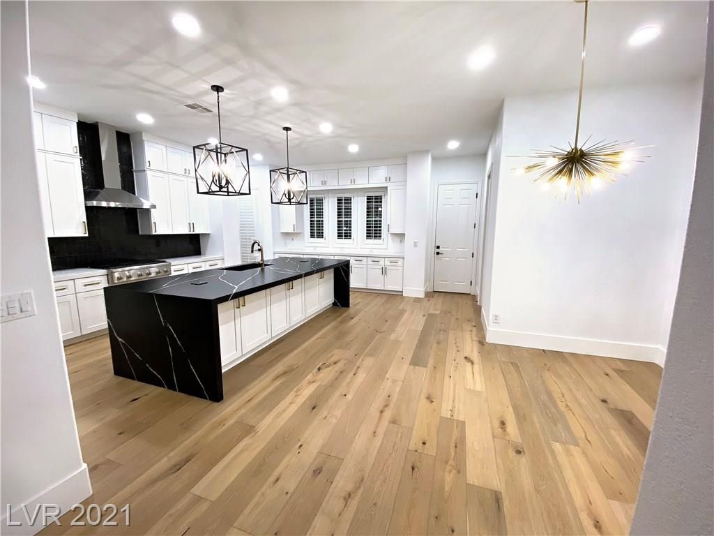 1621 Saintsbury Drive Property Photo - Las Vegas, NV real estate listing