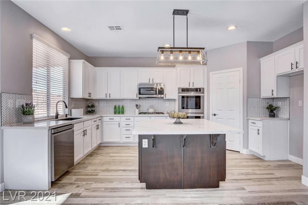 171 Mount Saint Helens Drive Property Photo - Henderson, NV real estate listing