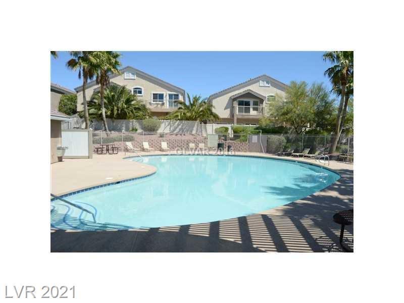 2268817 Property Photo