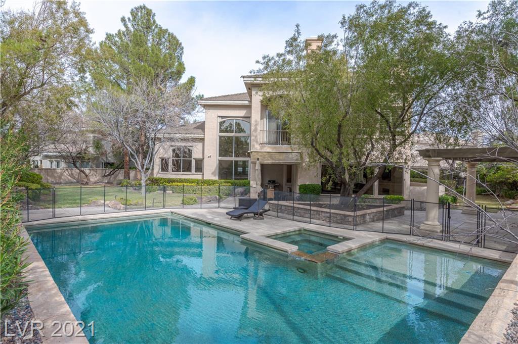 805 Petit Chalet Court Property Photo - Las Vegas, NV real estate listing