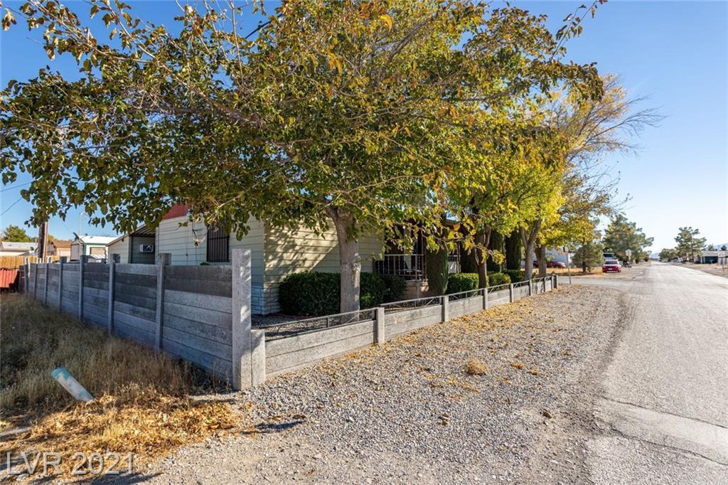 320 Ferndell Street Property Photo