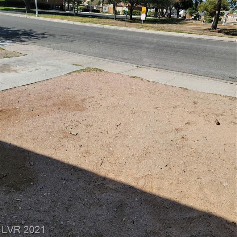 5545 Everglade Street Property Photo