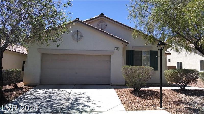 4451 El Presidio Drive Property Photo