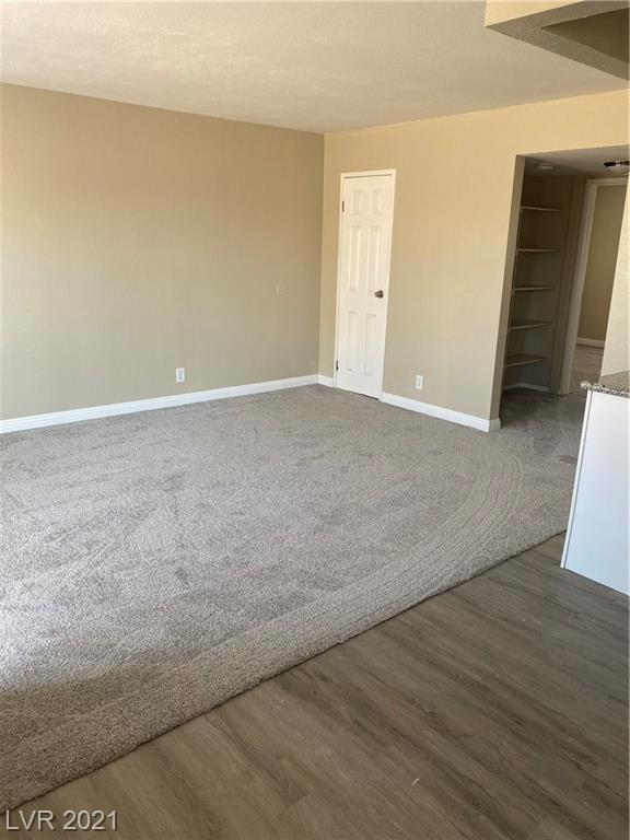163 Westminster Way #d Property Photo