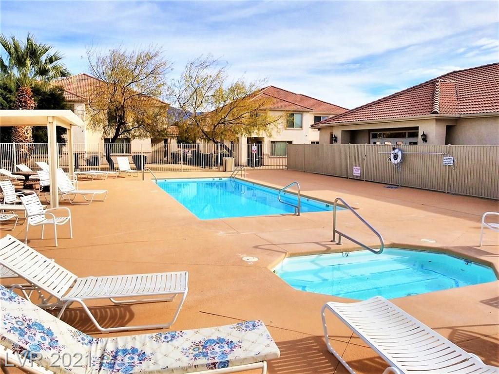 176 Desert Willow Lane #B Property Photo - Mesquite, NV real estate listing