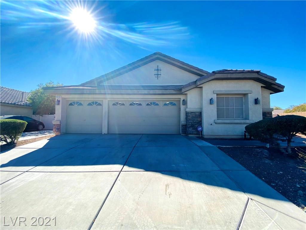 3213 Black Jade Avenue Property Photo - North Las Vegas, NV real estate listing