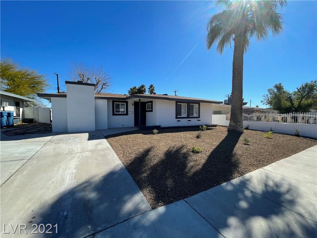 Pyramid Drive Property Photo - Las Vegas, NV real estate listing