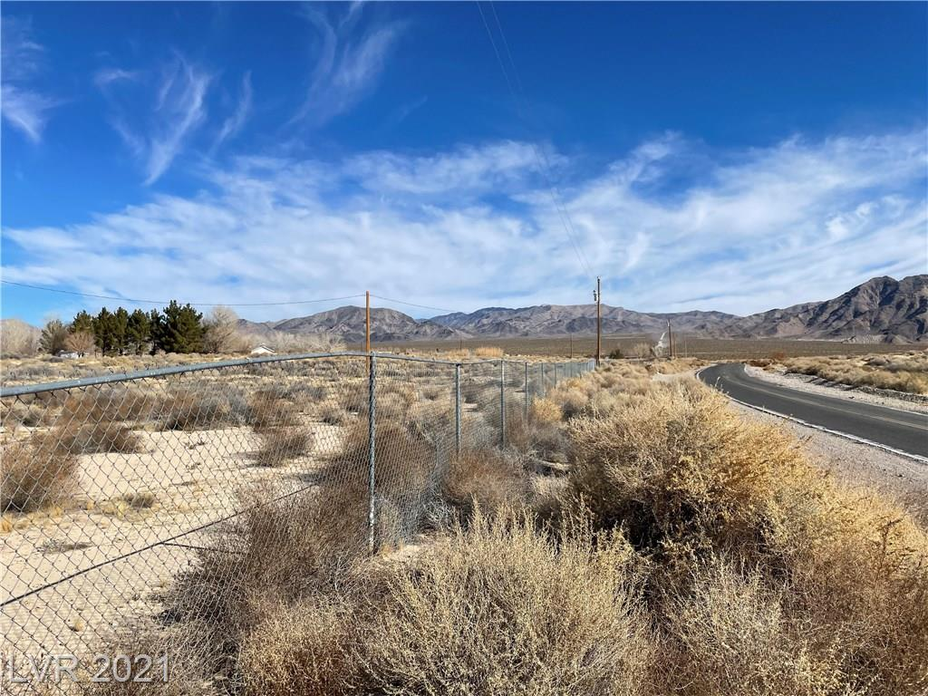 651 Kingston Road Property Photo - Jean, NV real estate listing