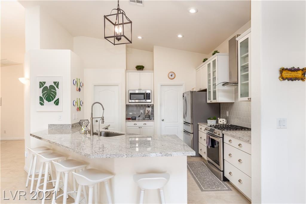 6612 Ruddock Drive Property Photo - North Las Vegas, NV real estate listing