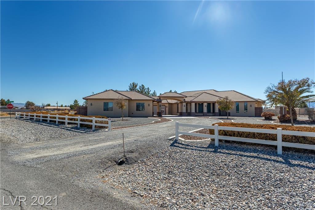 1321 Hickory Street Property Photo - Pahrump, NV real estate listing