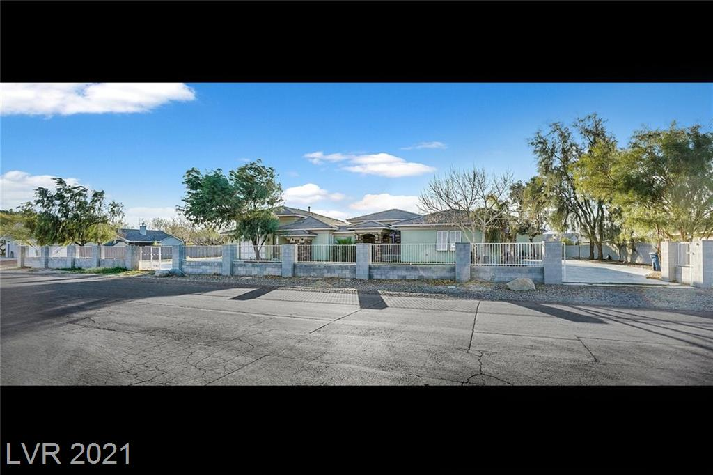 6765 Mustang Street Property Photo - Las Vegas, NV real estate listing